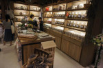 Hysan-Place-Hong-Kong-Eslite-herbal-shop