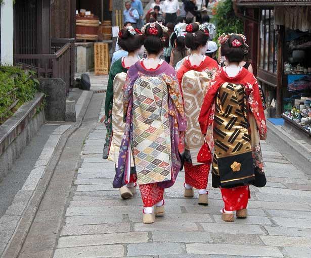 Ichiru: Kimono History in the Making