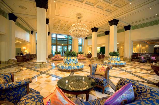 Luxury, Glamour and Opulence at the Palazzo Versace Dubai