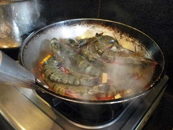 Culinary Delight: PauPatri Restaurant, Boracay
