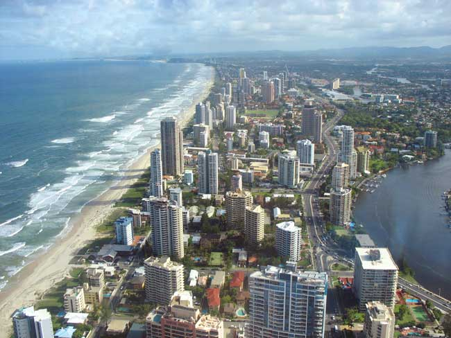 Gold Coast, Queensland: Sun, sand and theme-parks