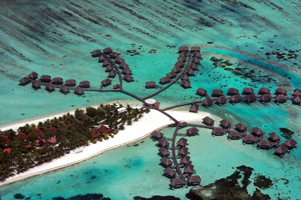 Travel Guide to Maldives