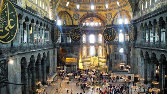 Istanbul's Top 3 Must-See Monuments